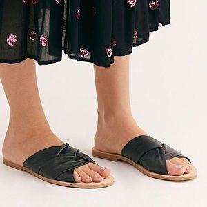 NIB Free People Rio Vista Black Slide Sandals